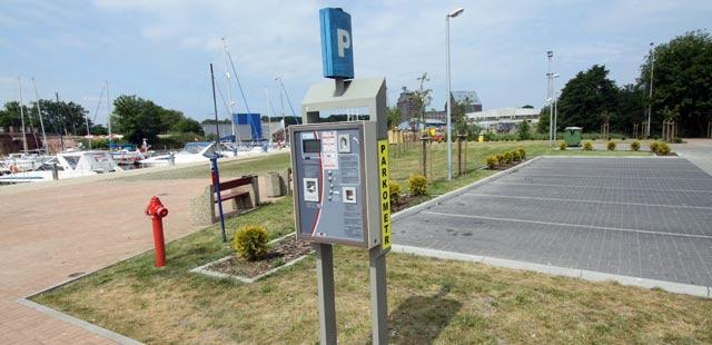 Zarzuty dla władz za płatne parkowanie